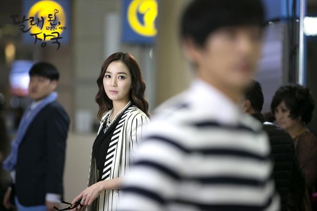 Đóng vai cameo, Nhã Phương khóc đẫm lệ vì bồ già trong phim Hàn - Ảnh 11.