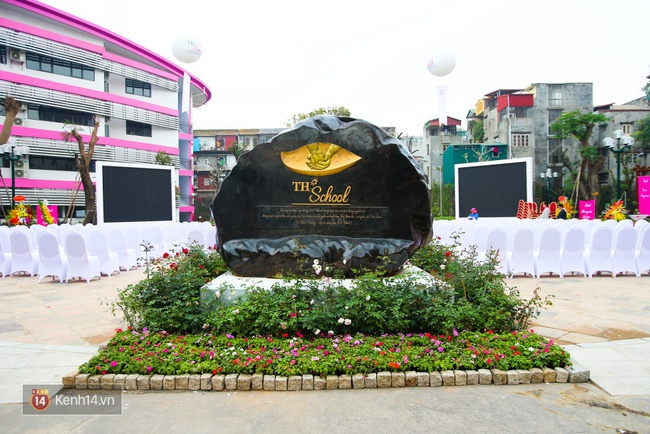 Du học tại chỗ ở Hà Nội tại ngôi trường mới toanh, sang xịn và toàn màu hồng! - ảnh 3