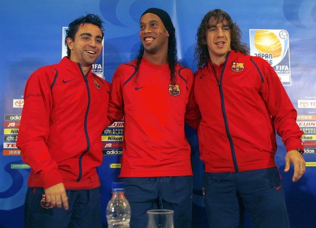 Ronaldinho gửi thư cho chính mình: Thứ bóng đá tự do như chim trời là đây - Ảnh 4.