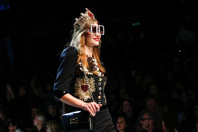 Lý Quí Khánh mang phong cách một mình một kiểu đến show Dolce&Gabbana tại Milan - Ảnh 14.