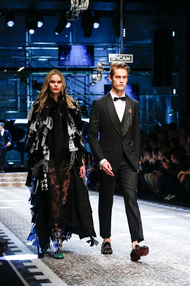 Lý Quí Khánh mang phong cách một mình một kiểu đến show Dolce&Gabbana tại Milan - Ảnh 16.