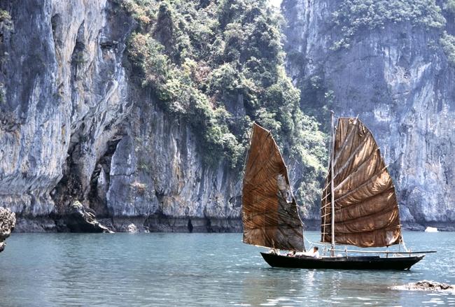 Tự hào Việt Nam mình đẹp đến thế này trong những thước phim nước ngoài! - Ảnh 5.