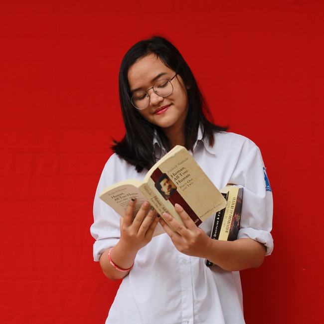 Nữ sinh Việt đạt học bổng 7 tỷ của Harvard nhờ viết bài luận về tên mình 1