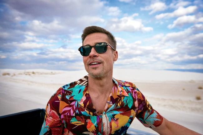 Bộ ảnh sướt mướt dễ mủi lòng là thế nhưng ai không để ý outfit toàn đồ hiệu mà Brad Pitt mặc thì hơi phí - Ảnh 1.