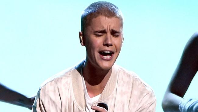 Justin Bieber mất trí vì tin đồn Selena Gomez sắp cưới The Weeknd? - Ảnh 3.
