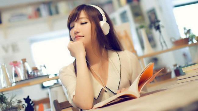 Điện thoại không có lỗi làm bạn mất tập trung trong học tập, chỉ là bạn dùng chúng sai cách - Ảnh 2.