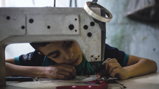 Lao động giá rẻ trong ngành công nghiệp thời trang - nơi tuổi thơ là những cơn ác mộng - Ảnh 7.