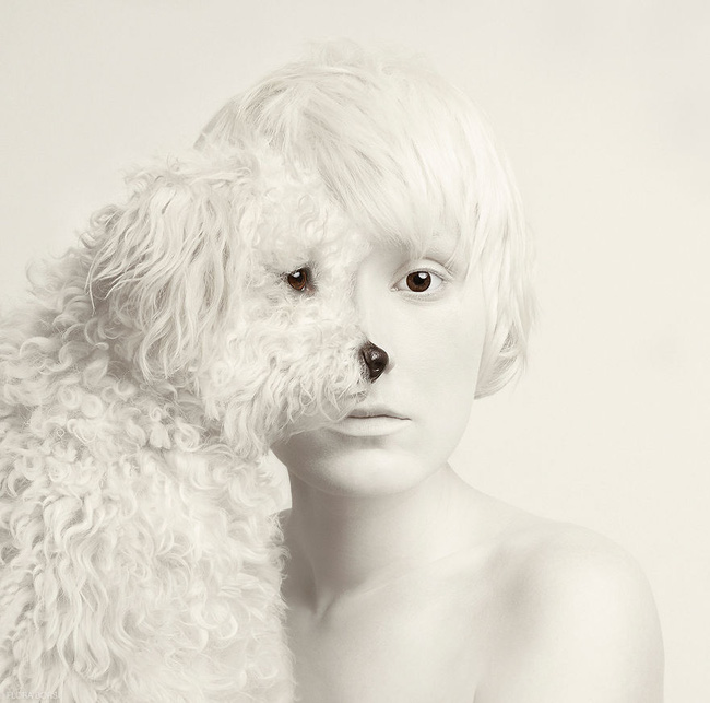 Con người và động vật xuất hiện cùng nhau trong bộ ảnh ghép mắt tuyệt đẹp - Ảnh 1.