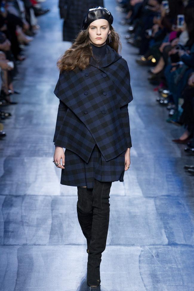 NTK Đỗ Mạnh Cường và giới mộ điệu Việt chê ỏng chê eo BST mới nhất của Dior - Ảnh 10.