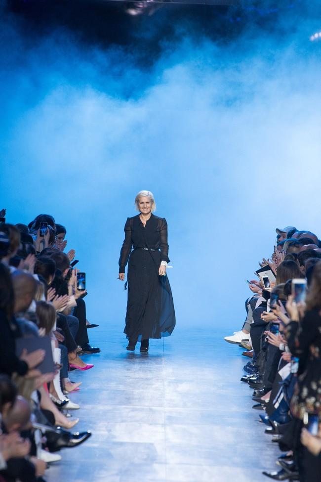 NTK Đỗ Mạnh Cường và giới mộ điệu Việt chê ỏng chê eo BST mới nhất của Dior - Ảnh 30.