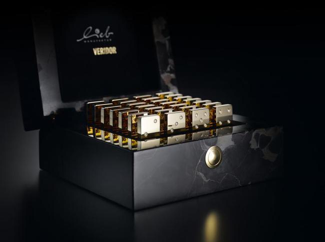 Tưng bừng chơi tết cùng bộ Domino kim cương đắt nhất thế gian - Ảnh 4.
