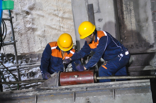 Cận cảnh robot siêu khủng, hiện đại nhất thế giới sẽ đào gần 800m đường hầm cho Metro Sài Gòn - Ảnh 14.