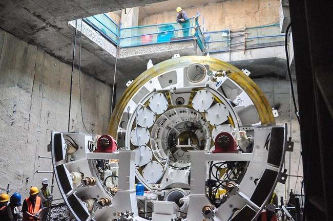 Cận cảnh robot siêu khủng, hiện đại nhất thế giới sẽ đào gần 800m đường hầm cho Metro Sài Gòn - Ảnh 4.