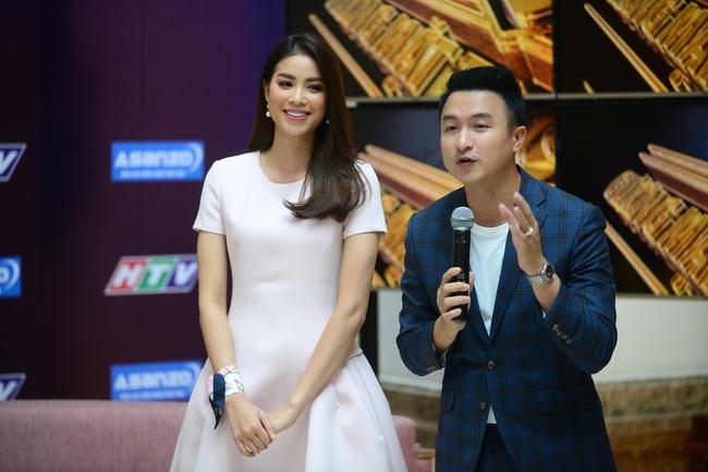 Không phải The Face, Phạm Hương góp mặt trong show thực tế về nghề MC - Ảnh 3.