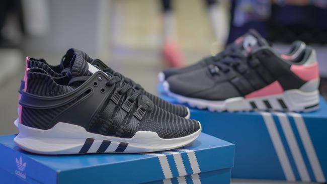 Đập hộp một trong những dòng giày đã khiến adidas trở thành bất tử như ngày hôm nay - Ảnh 4.