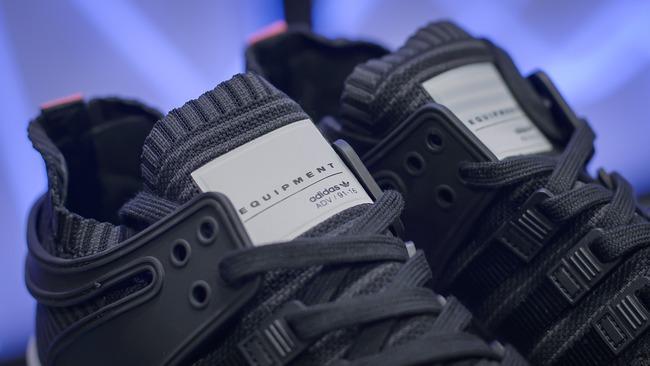 Đập hộp một trong những dòng giày đã khiến adidas trở thành bất tử như ngày hôm nay - Ảnh 6.