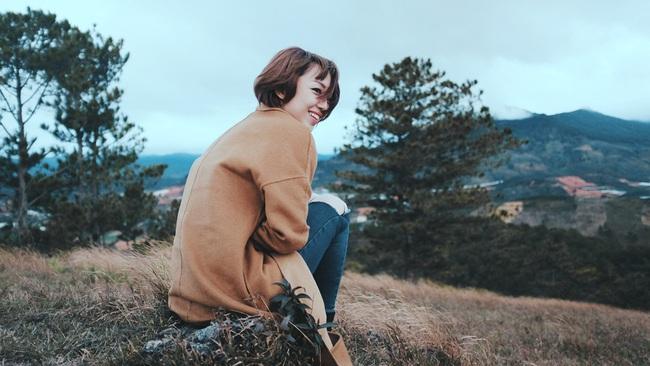 Tóc Tiên lột xác hát ballad, nữ tính hơn trong MV mới - Ảnh 3.
