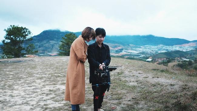 Tóc Tiên lột xác hát ballad, nữ tính hơn trong MV mới - Ảnh 4.