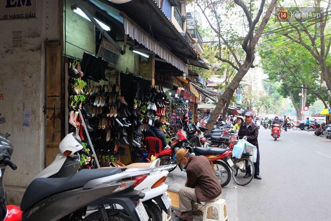 Sau Sài Gòn, Hà Nội ra quân giành lại vỉa hè cho người đi bộ - Ảnh 9.