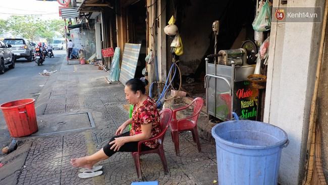 Người Sài Gòn nói gì khi vỉa hè ở trung tâm quận 1 đã được giành lại sau 7 ngày ra quân quyết liệt - Ảnh 10.