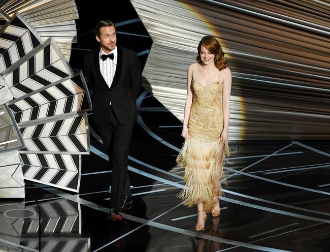 Đã thắng Oscar lại đẹp hết phần người khác, Emma Stone chính là nữ thần của đêm trao giải! - Ảnh 14.