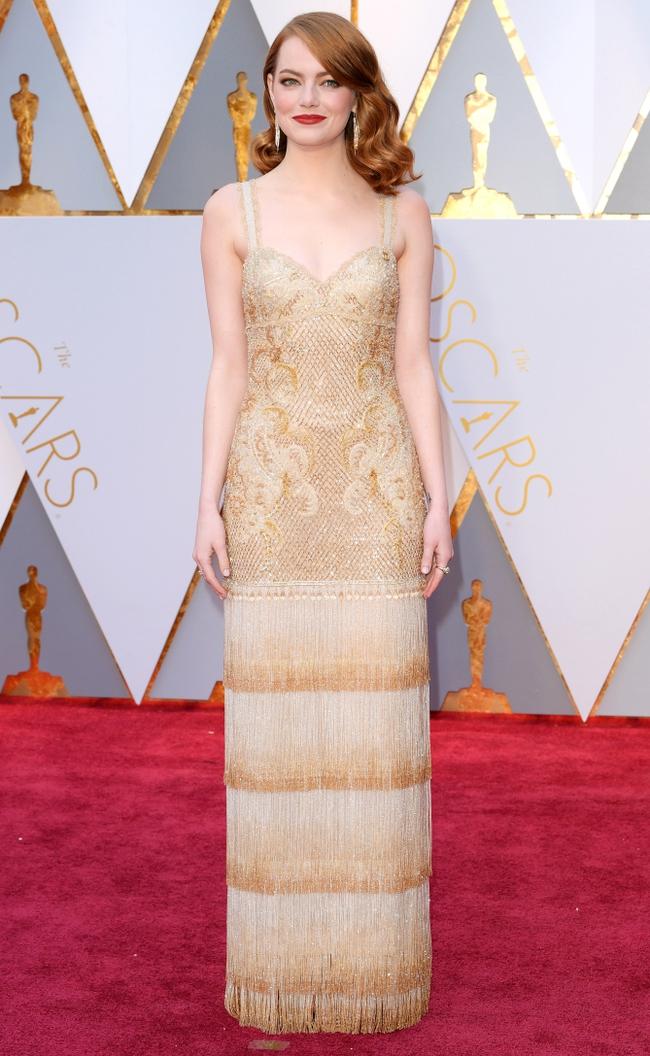 Đã thắng Oscar lại đẹp hết phần người khác, Emma Stone chính là nữ thần của đêm trao giải! - Ảnh 1.