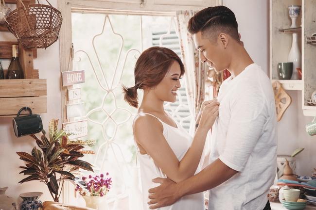 Thùy Anh và bạn trai cực đẹp đôi, hạnh phúc trong loạt ảnh mới đón Valentine