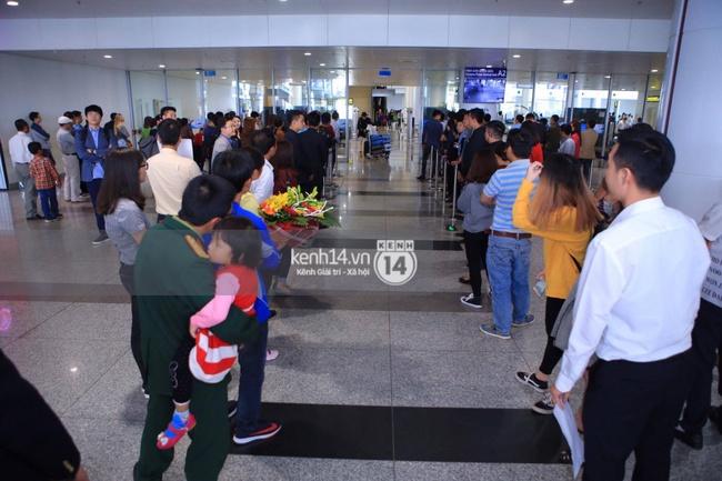 HOT: Vậy là cuối cùng Seungri cũng đã có mặt tại sân bay Nội Bài - ảnh 10