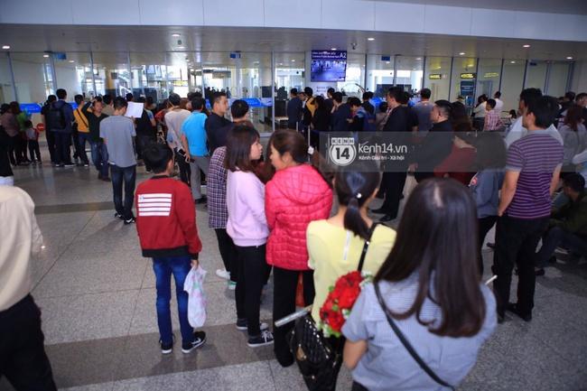 HOT: Vậy là cuối cùng Seungri cũng đã có mặt tại sân bay Nội Bài - ảnh 12
