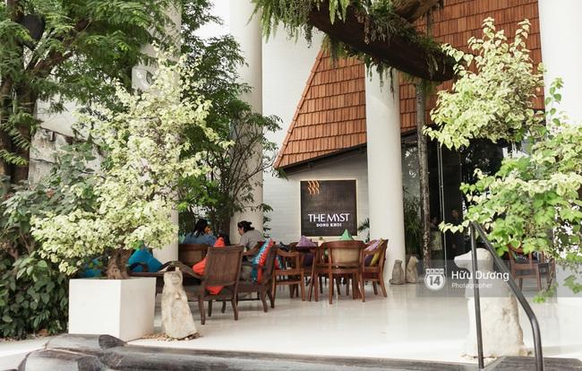 Có gì hay ở The Myst - khách sạn mới toanh đẹp không góc chết đang được giới trẻ Sài Gòn check in liên tục? - Ảnh 1.