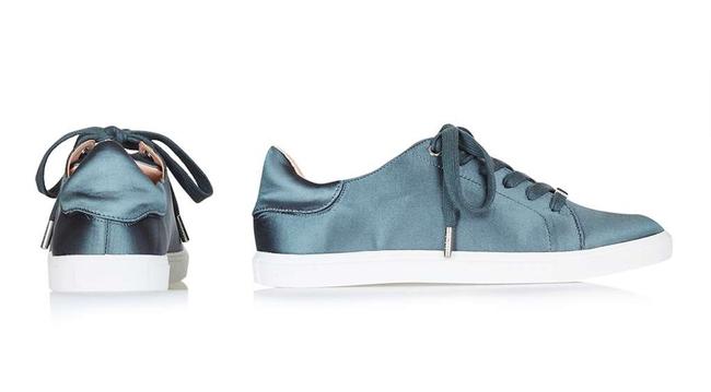 Điểm mặt 5 mẫu giày thể thao satin đẹp không kém giày mới ra mắt của Zara - Ảnh 4.