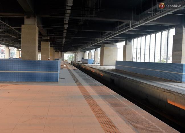 Các nhà ga của tuyến đường sắt Cát Linh - Hà Đông đang dần hoàn thiện, mỗi nhà ga là một màu sắc riêng biệt, nổi bật! - Ảnh 13.