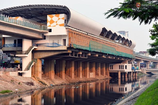Các nhà ga của tuyến đường sắt Cát Linh - Hà Đông đang dần hoàn thiện, mỗi nhà ga là một màu sắc riêng biệt, nổi bật! - Ảnh 2.