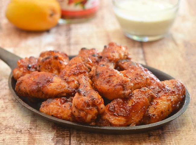 Ai mà tin được, làm sốt với loại quả quen thuộc này lại giúp món cánh gà nướng ngon hơn hẳn - Ảnh 10.