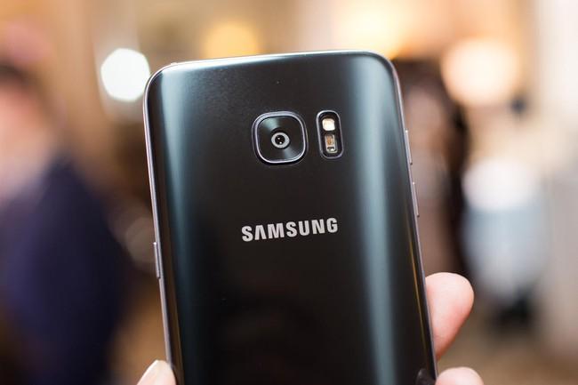 Galaxy S7 edge được vinh danh Smartphone tốt nhất năm 2016 tại MWC 2017, đánh bật mọi đối thủ cản đường - Ảnh 3.