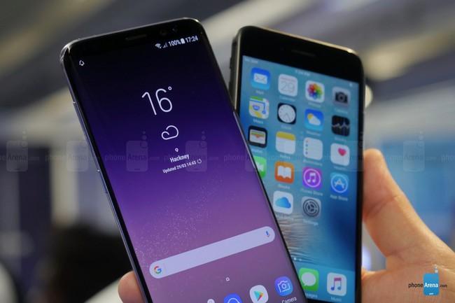 Suốt ba năm qua, Samsung vịt hóa thiên nga còn Apple dậm chân tại chỗ - Ảnh 4.