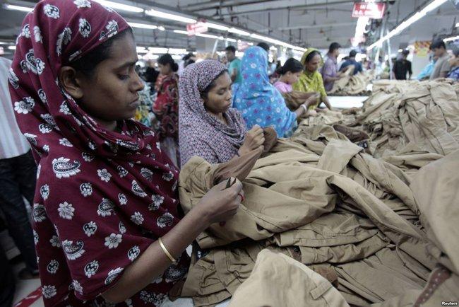 H&M, Zara và Uniqlo: Đều là thời trang bình dân, tưởng giống nhau mà thực ra lại rất khác! - Ảnh 8.