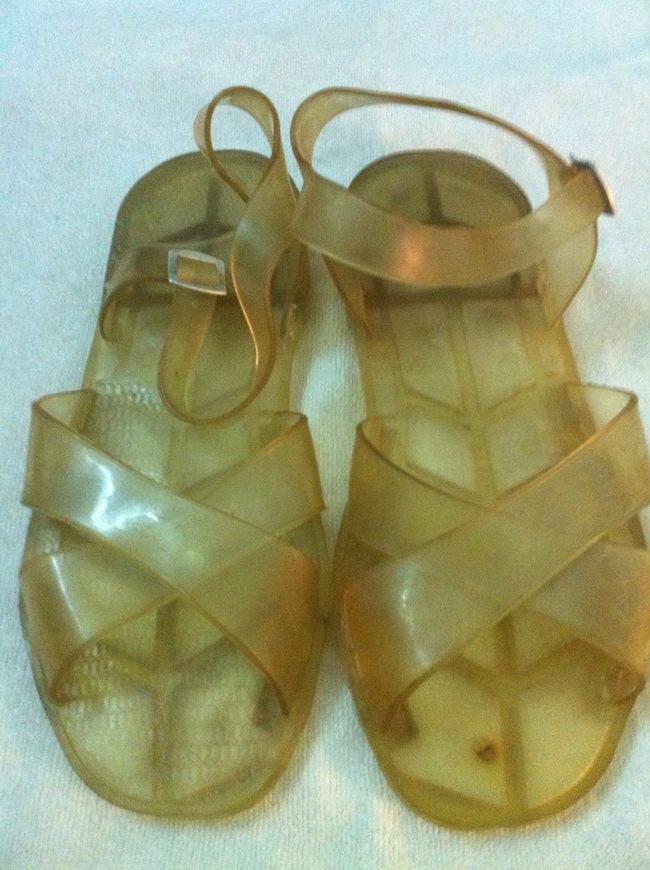Trước khi có giày ngoại, thiên hạ này vẫn là của sandal Bitis, giày Bata Thượng Đình... - Ảnh 9.