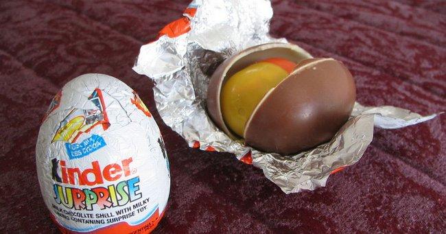 Sự thật: Trứng Kinder nổi tiếng khắp thế giới, nhưng riêng ở Mỹ bị cấm. Lý do là... - Ảnh 3.