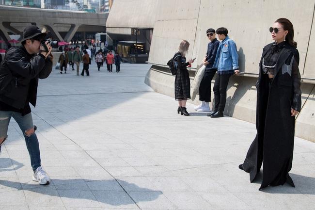 Ngoài Sơn Tùng & Tóc Tiên, Seoul Fashion Week mùa này còn nhiều gương mặt thân quen từ Vbiz - Ảnh 12.