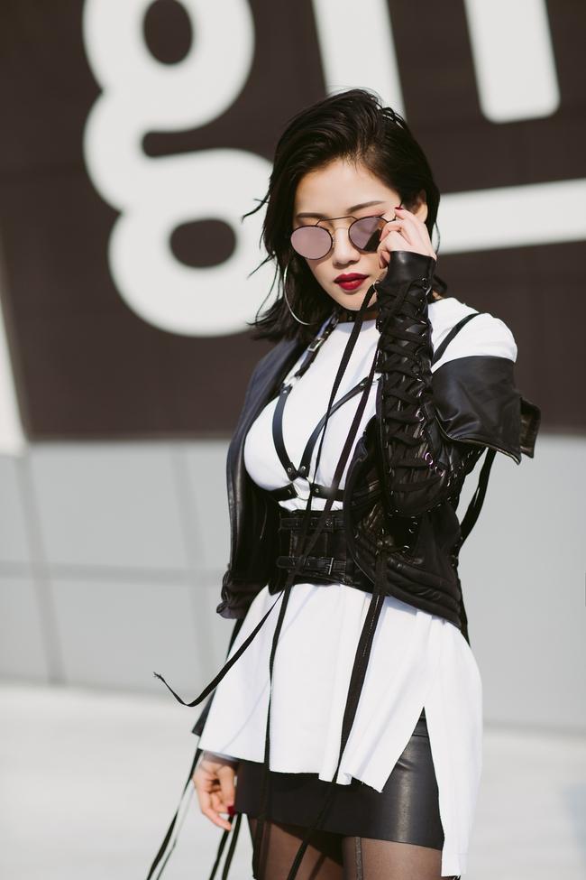 Ngoài Sơn Tùng & Tóc Tiên, Seoul Fashion Week mùa này còn nhiều gương mặt thân quen từ Vbiz - Ảnh 9.