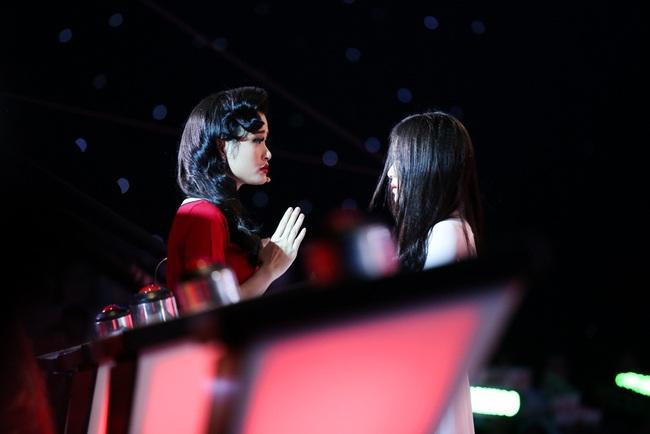 Đông Nhi, Trấn Thành, Minh Tú đều rơi nước mắt trên TV tuần qua - Ảnh 5.