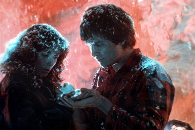9 mối tình siêu dị giữa con người với người ngoài hành tinh trên màn ảnh rộng - Ảnh 6.
