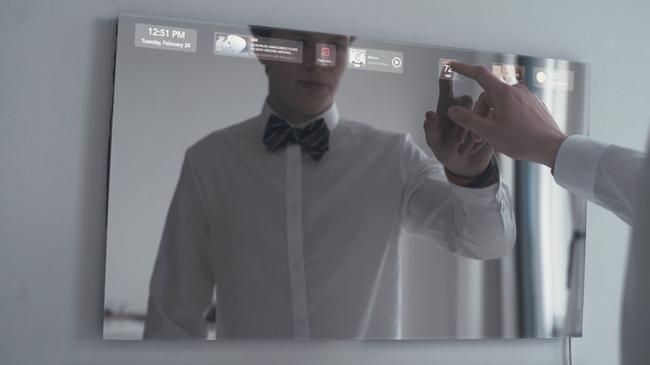 Chiếc gương biến nhà thường thành nhà thông minh này còn rẻ hơn chiếc iPhone bạn đang dùng - Ảnh 4.