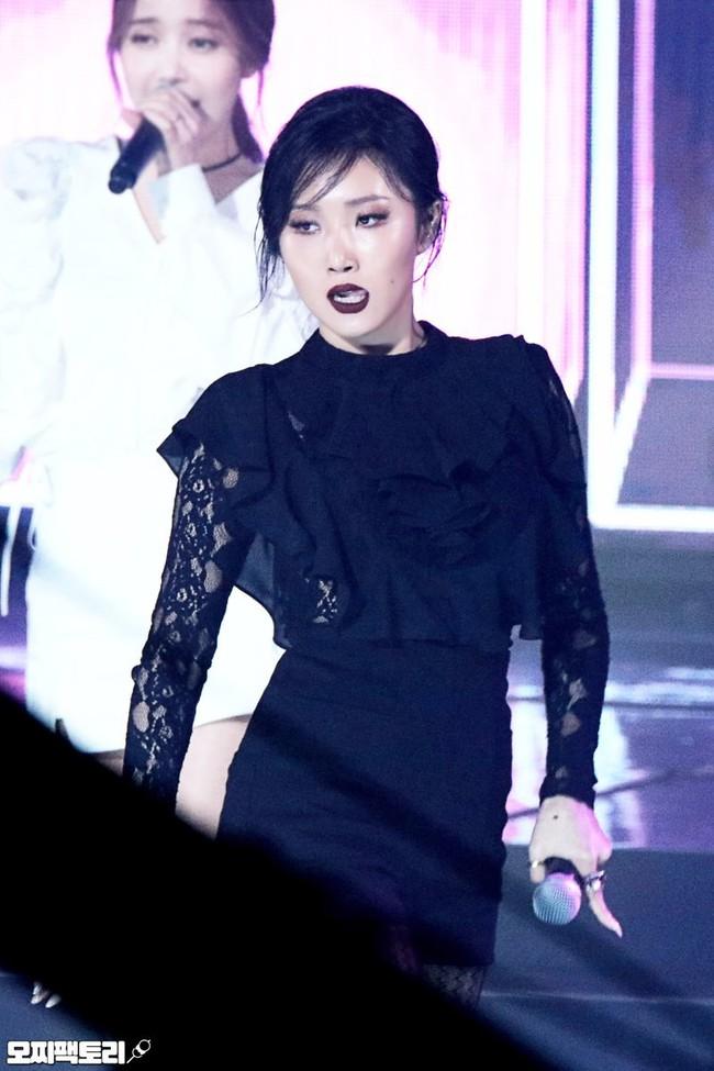 Đã xuất hiện nữ thần tượng Hàn vượt qua quy chuẩn cái đẹp của châu Á - Ảnh 8.