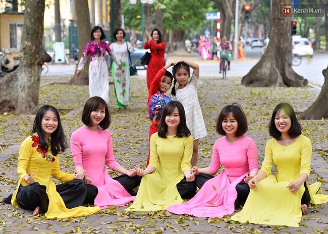 Cuối tuần, chị em áo dài váy hoa kéo nhau đi pose ảnh ở con đường lá vàng Phan Đình Phùng - Ảnh 7.