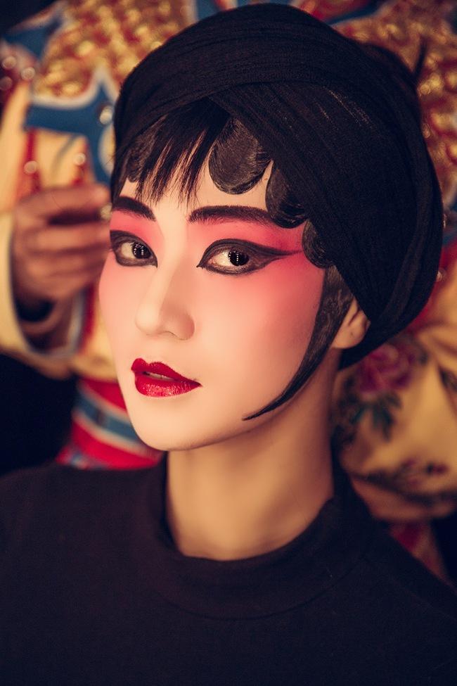 Khánh My hóa trang, hát kinh kịch như đúng rồi trong phim điện ảnh Hoa ngữ - Ảnh 7.