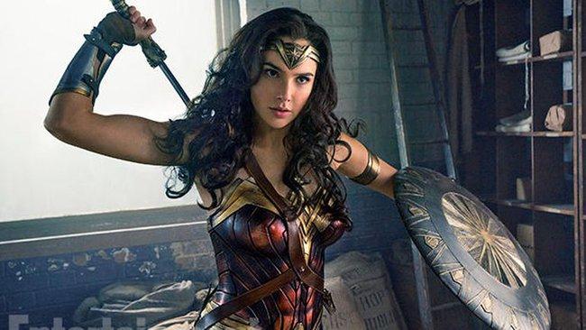 """Wonder Woman đã được """"sửa nách"""" trong trailer mới - Ảnh 2."""
