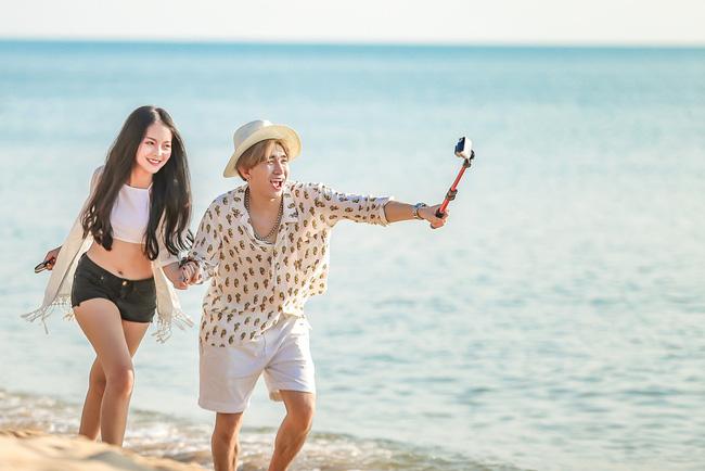 """1 ngày ra mắt MV đã đạt hơn triệu view, Chi Dân cũng """"không phải dạng vừa đâu"""" của Vpop"""