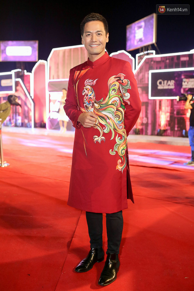 GOT7 siêu điển trai, xuất hiện ấn tượng cùng dàn sao Việt trên thảm đỏ